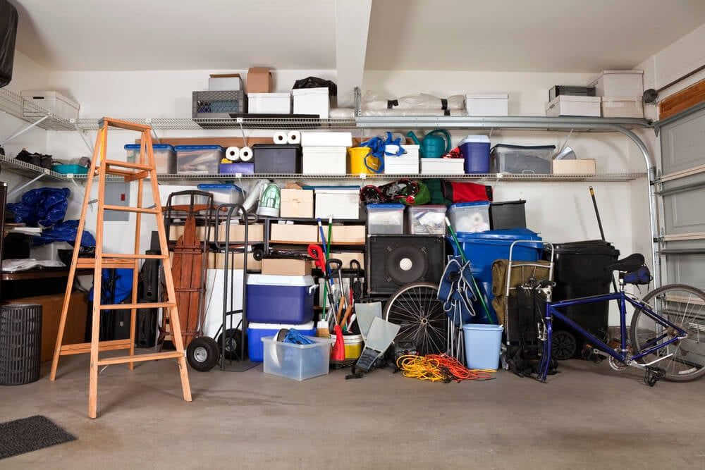 Aprenda como evitar a dengue na garagem da sua casa