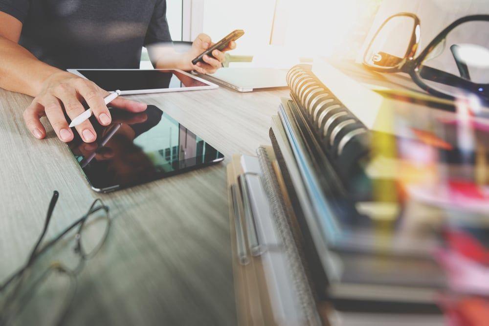 Entenda a importância do desapego no ambiente de trabalho e na vida
