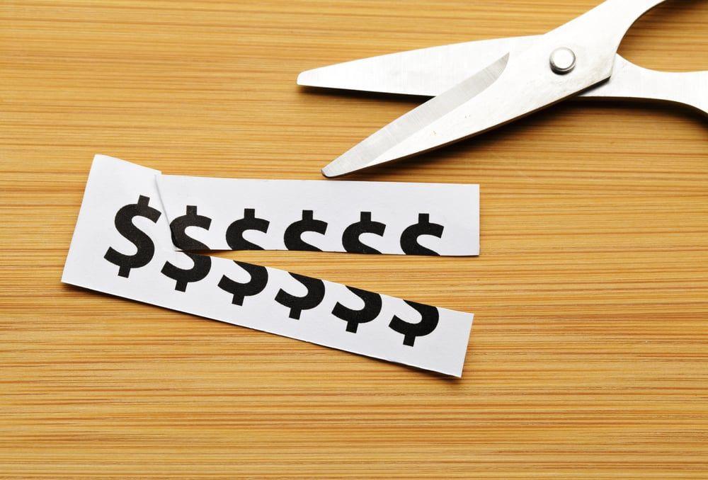 6-praticas-que-te-ajudarao-na-reducao-de-custos-da-empresa.jpeg
